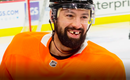 Nate Thompson..Comparé à la MASCOTTE des Flyers..